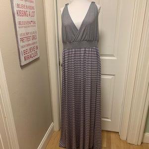 EUC TORRID Maxi Dress, grey & lilac. Size 1